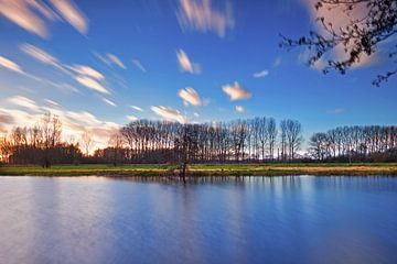 Zonsondergang vijver sur Wim van D