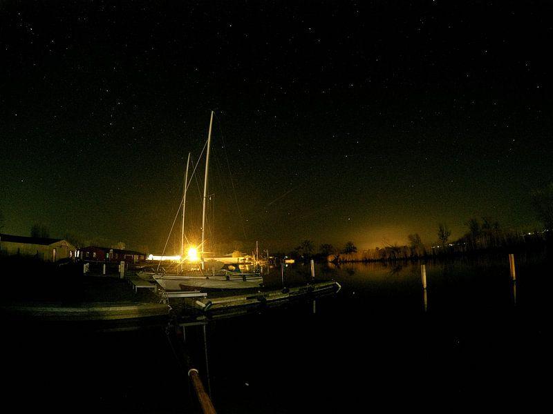 Im Hafen bei Nacht von Bowspirit Maregraphy