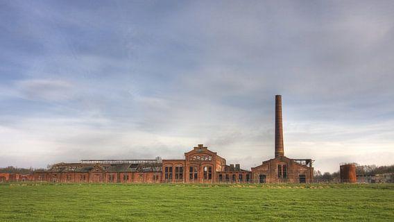 Vervallen strokartonfabriek de Toekomst