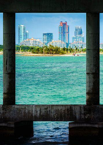 South Beach onder de brug