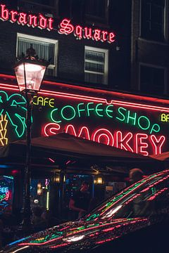 Reflectie Coffeeshop Smokey Amsterdam van Alex van der Aa