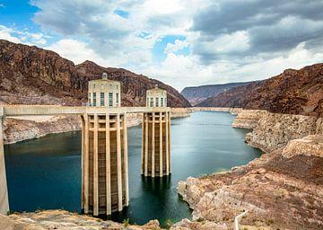 Hoover Dam USA waterinlaattorens van