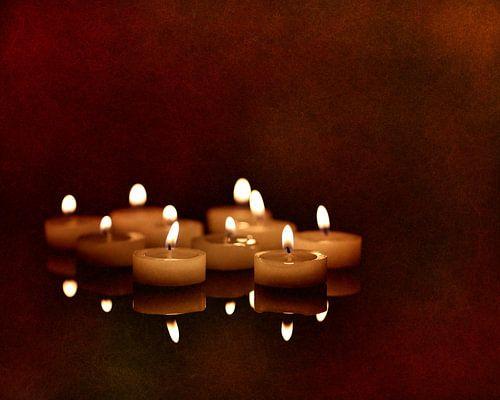 Kerzenschein Spiegelung van Heike Hultsch