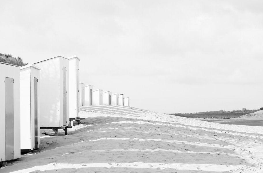 Strandhuisjes van Marian Sintemaartensdijk