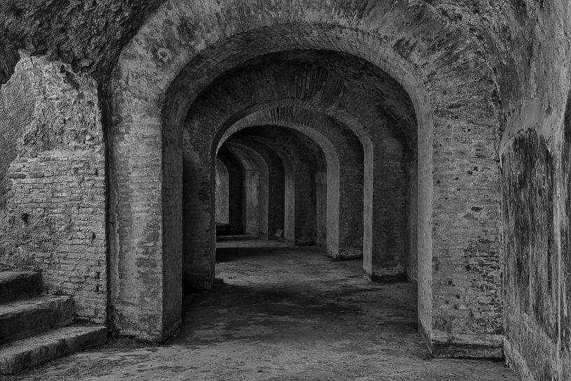 catacombe van het amfitheather in Pommpeii van Jaco Verheul