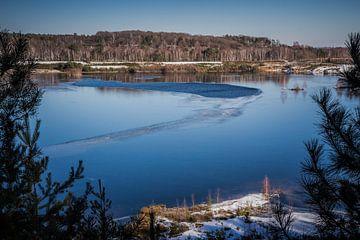 Frozen lake van Kristof Mentens