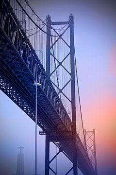 Le pont en acier sur Ellinor Creation