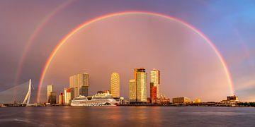 Regenboog boven Rotterdam van Jeroen Bukman