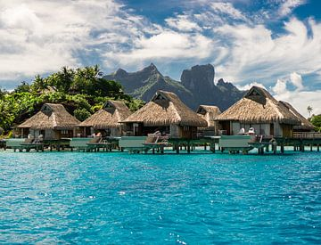 Overwater Bungalows op Bora Bora van Ralf van de Veerdonk