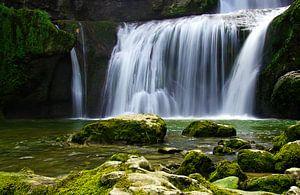 Waterfall van