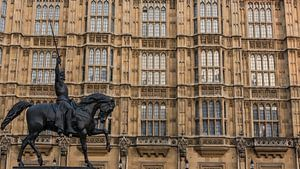 Ruiterstandbeeld voor Houses of Parlement van