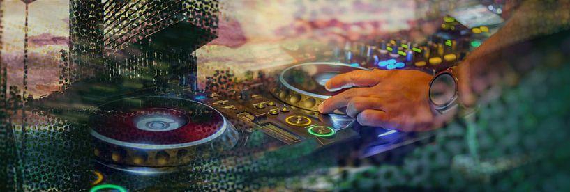 Rotterdam und DJ-Musik von Ariadna de Raadt-Goldberg