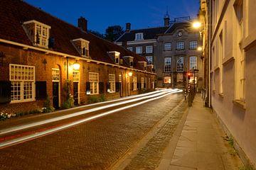 Lange Nieuwstraat met de Beyerskameren in Utrecht sur Donker Utrecht