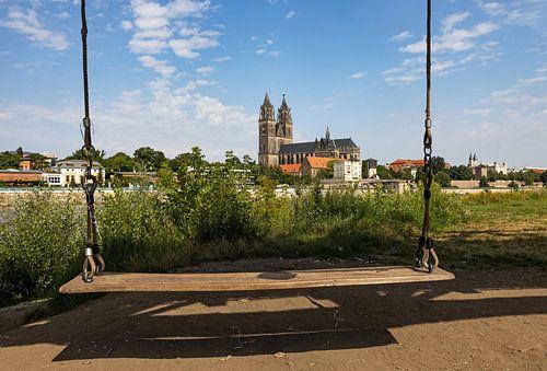 Magdeburg - Dom und Schaukel