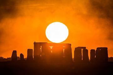 Zonsondergang Stonehenge van Mark de Bruin