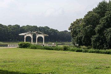 Amsterdamse bos met brug von Jaap Mulder