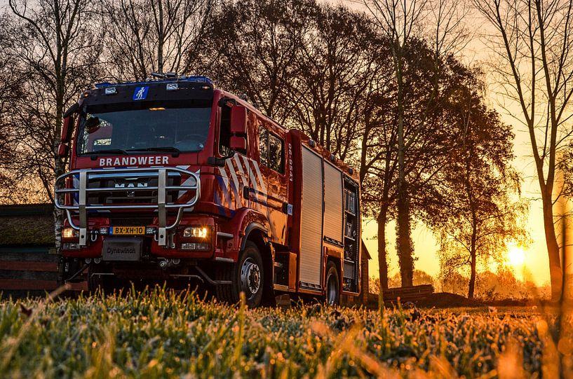 Firetruck at sunrise von Jaimy Buunk