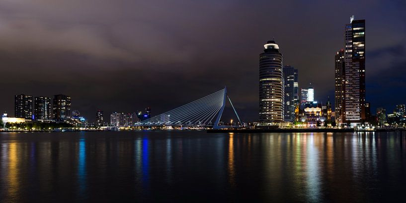 Rotterdam by night, panorama sur Maurice Verschuur