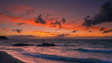 Zonsondergang bij het Taupomeer, Noorder-Eiland, Nieuw Zeeland van Henk Meijer Photography