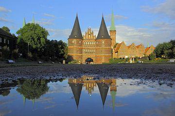 Dubbele Holsten Poort Lübeck van Patrick Lohmüller