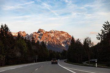 route vers les montagnes sur Hidde Hageman
