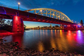 Le pont Arnhem John Frost aux couleurs de l'Airborne sur Dave Zuuring
