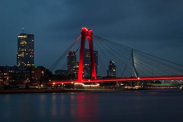 Willemsbrug, Rotterdam van Peter Hooijmeijer