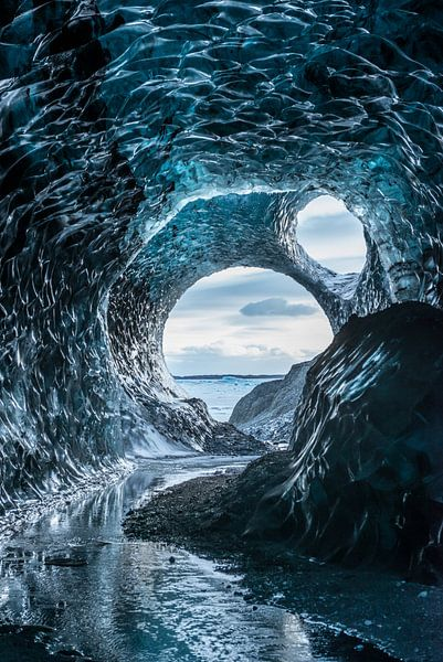 Eishöhle im Vatnajökull Glacier in Island