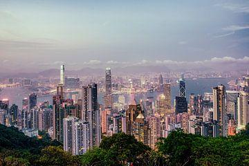 Hongkong sunset 2 van Pascal Deckarm
