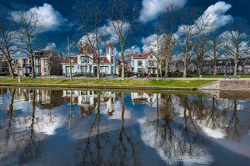 Noordersingel in Leeuwarden ter hoogte van de Noorderbrug en deel Spanjaardslaan sur