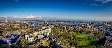 Panorama van Nijmegen  en de Waal sur Bram Visser