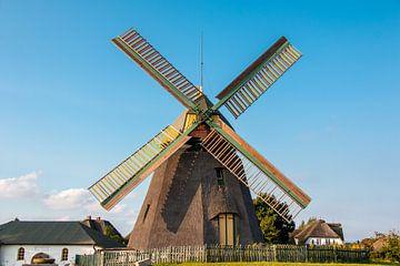 The Amrum Windmill van Alexander Wolff