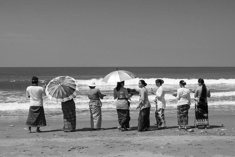 Ceremony in Bali von Brenda Reimers