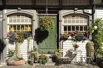 Fassade eines Hauses in Monschau, Deutschland von Nicolette Vermeulen