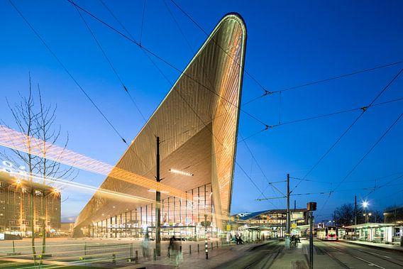 Centraal Station Rotterdam van Raoul Suermondt