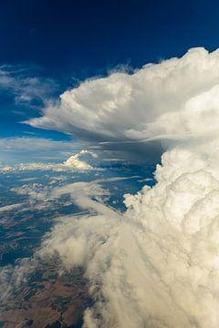 Op veilige afstand van het onweer van Denis Feiner