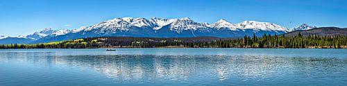 Kajak op het meer, Jasper Nationaal Park, Canada