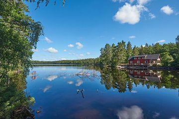 zweeds meer 212 van Geertjan Plooijer