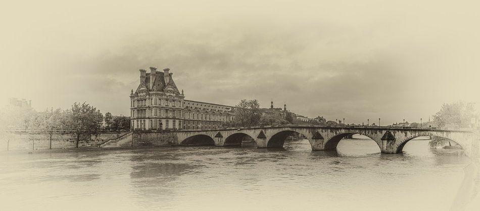 Pont Royal over de Seine in Parijs