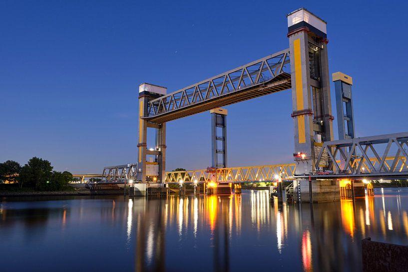 Kattwykbrücke von Borg Enders