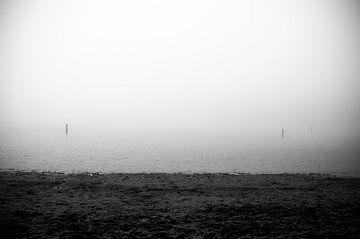 Meertje in de mist von Marcel Rommens