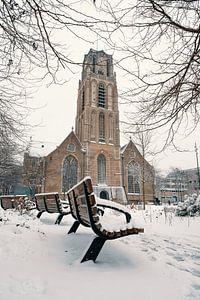 Het Grotekerkplein in de sneeuw van Paul Poot