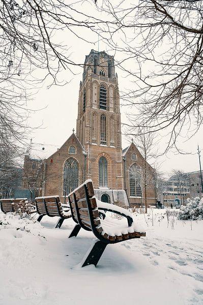 La Grotekerkplein dans la neige sur Paul Poot
