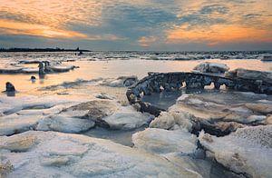 Waddenzee in winter bevroren van