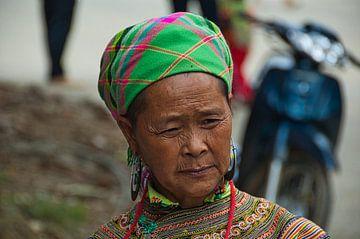 Hmong lady on Sapa market Vietnam van Verrassend Brabant