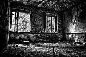 Een verlaten kamer van een fabriek in Belgie