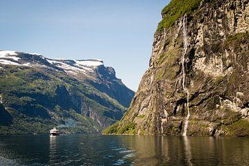 Geirangerfjord in Noorwegen van Marie-Christine Alsemgeest-Zuiderent