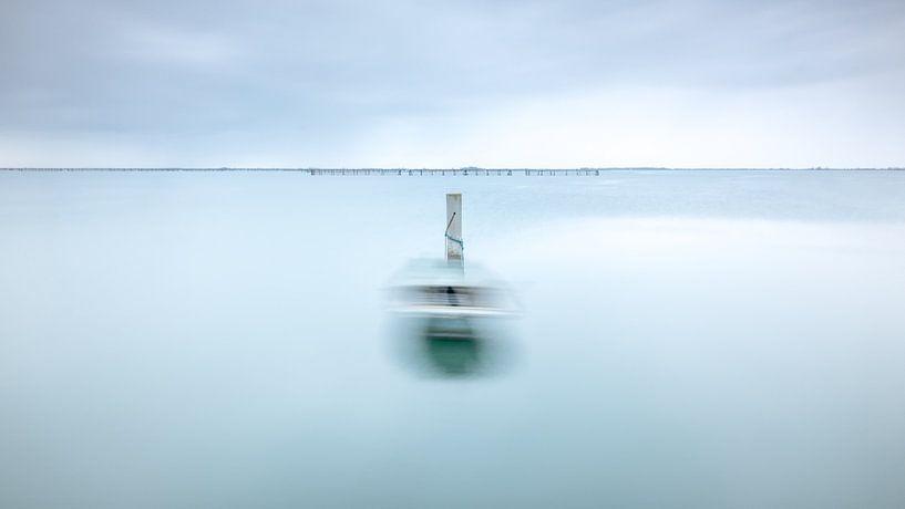 Blue Boat van Marieke Feenstra