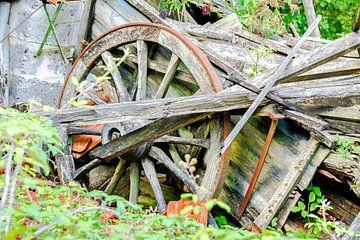 Urbex boerenwagen in verval von Peters Foto Nieuws l Beelderiseren