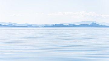 Rustikale Vancouver Island in Blautönen von Marco Schep